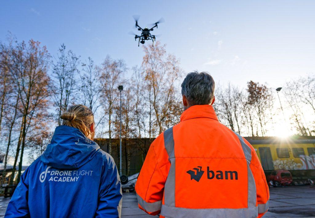 Drone flight academy case